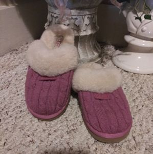 Like New UGG Cozy Sweater Slippers